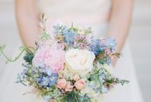 Bouquets and wedding party flowers