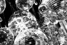 Blast from the Past Museumnacht / Tassenmuseum Hendrikje licht een tipje van de sluier op van haar Museumnacht programmering met een board vol inspiratie. Verwacht een retro en vintage paradijs vol verassingen!