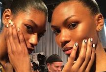 Backstage Beauty / Eye-catching beauty looks from behind the scenes at #FashionWeek.