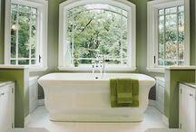 Bathrooms / by Kellie Hopkins