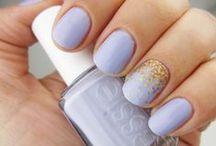 nail art / by Anastasia Dolotov