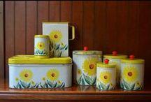 Vintage - Kitchen / Vintage kitchen stuff / by Katherine Wallis