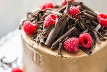 my lil cookbook::let them eat cake / by Anastasia Dolotov
