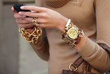 ACCESSORIES / Fashion jewelry, bags, watches, sunglasses and all other things you can use to make your outfit complete.