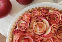 my lil cookbook::pie / by Anastasia Dolotov