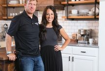 Fixer Upper / This TV Show inspires me, makes me laugh and you can't help but be amazed at the make-overs!