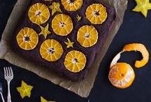 desserts<3 / by Jessica Sweeney