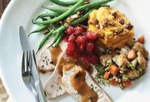 Healthy Thanksgiving Recipes / Sometimes it's hard to stay on a clean diet with Thanksgiving and other winter holidays tempting you. These classic Thanksgiving recipes will help stay away from overindulging.