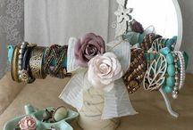 jewelry displays / by Modern Charm