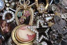 Vintage jewelry / by Modern Charm