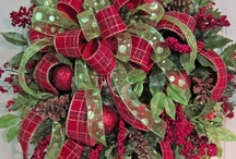 Christmas Decor and Design / Christmas decor isn't just red and green anymore :) / by Julie Benson Dutkus
