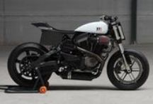 BOTT XR1 / Sporty superbike with flattrack aesthetics, built using a Buell XB as a donor bike. Bottpower is selling a kit to build this bike.