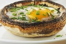 Breakfast, Lunch, Dinnertime! / by Eetlust!