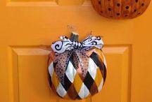 Halloween Ideas / Decorations, costumes, food / by Helen's Handbags