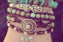 Handmade Jewelry / Necklaces, bracelets, earrings, rings, and jewelry storage.... tutorials and inspiration