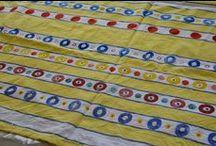 Education: workshops / Het TextielMuseum organiseert op de eerste en derde zondag van iedere maand workshops onder leiding van museumdocenten Veronica Vaes en Marjo Dirks. De workshops lopen uiteen van mouleren met autogordels voor volwassenen tot een kussensloop bedrukken voor kinderen.