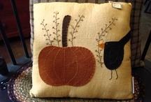 pin cushions / by Astrid de Behr