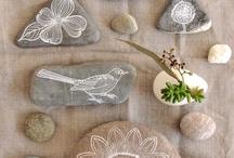 ~~~doodle a rock~~~ / by Astrid de Behr