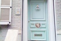 """Doors / A""""door""""able!"""
