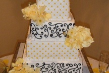 Wedding Cakes--Arbuckle Wedding Chapel--Oklahoma weddings / These are some of the beautiful cakes baked for our brides (at Arbuckle Wedding Chapel) by Christina's Cookies and Cakes.  Moist and tasty?  Definitely!