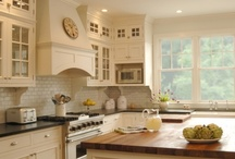 Kitchens / by Chic Chaos