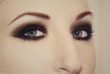 Beauty / by Emily Gordon
