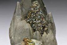 Jewels / by Elaine Alonzo