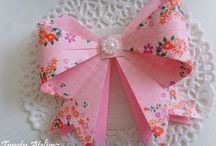 Origami Bow Tutorials / View of my origami bow tutorials, great for card making, gift wrapping and more! Advanced and Easy models here.