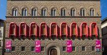 Ai Weiwei. Libero / Dal 23 settembre 2016 al 22 gennaio 2017 Palazzo Strozzi a Firenze ospita la prima grande mostra italiana dedicata a uno dei più celebri e controversi artisti contemporanei, Ai Weiwei: una retrospettiva straordinaria, con opere storiche e nuove produzioni, oggetto di servizi e speciali su tutti i più importanti mezzi di informazione italiani e internazionali.