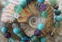 Chakra Crystal Jewellery / crystal jewelry, handmade jewellery, vegan jewelry, chakra gemstone jewelry, inspiration word jewelry, yoga jewellery, Noosa, Australia. https://www.earthjewelcreations.com/.