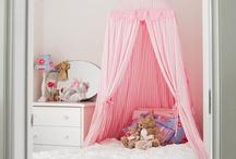 GIRLS, BOYS & BABIES ROOMS, HABITACIONES PARA NIÑ@S Y BEBÉS / by Mary Carmen