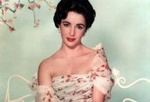 ELIZABETH TAYLOR / by Mary Carmen