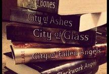 Books Worth Reading / by Megan Hale