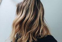 Hair / Des cheveux
