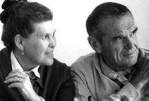 Charles Eames / Charles Eames, Jr (17 junho de 1907 - 21 de agosto de 1978) nasceu em 1907 em St. Louis, Missouri. Charles é o sobrinho do arquiteto William S. Eames. Na época ele tinha 14 anos, enquanto freqüentava a escola, onde aprendeu sobre engenharia, desenho e arquitetura. Charles brevemente estudou arquitetura na Washington University em St. Louis. Após dois anos de estudo, ele deixou a universidade.