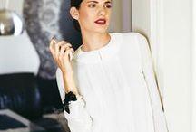 blusen und hemden / Sie sind so vielseitig – Mal kommen sie feminin verspielt daher, mal eher schlicht und clean. Für jeden Frauentyp ist eine andere Bluse die richtige. Hier zeigen wir euch unsere Favoriten: