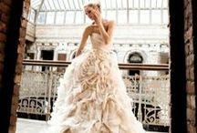 dresses :) / by Celeste Casas