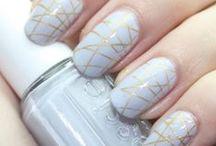 nails / by Celeste Casas