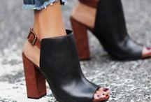 zapatos / //