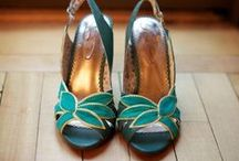 Chaussures / by Catherine Snappe