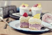 Cupcake Recipes / by Amie Akers