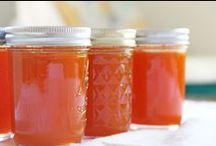 Pints & Quarts: Food in Jars