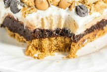 Dessert Bars / by Jeslee Murphy
