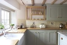 Homes - Kitchens, Pantries & Larders / by Drew It Yourself - D.I.Y.