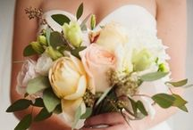 Wedding | Bouquets / by Kendra Tuinstra