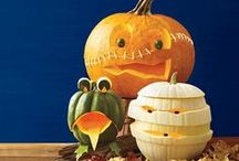 Halloween / A board of inspiration for Halloween fun, food and home decorations.