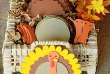 Thanksgiving Crafts / Make some crafts for your Thanksgiving celebrations!  Thanksgiving food crafts, Thanksgiving kid's crafts, Thanksgiving decorations and more!  See more party ideas at CatchMyParty.com.