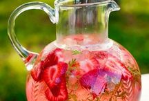 Water, water everywhere! / Fruit infused water