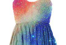lisa loves DRESSES / by Lisa Loves Rainbows