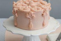 Cakes! / by Clarissa Borthwick